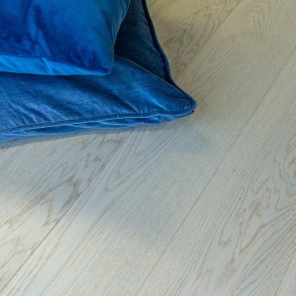 Vareprøve Parkett Tinfossen eik unik børstet